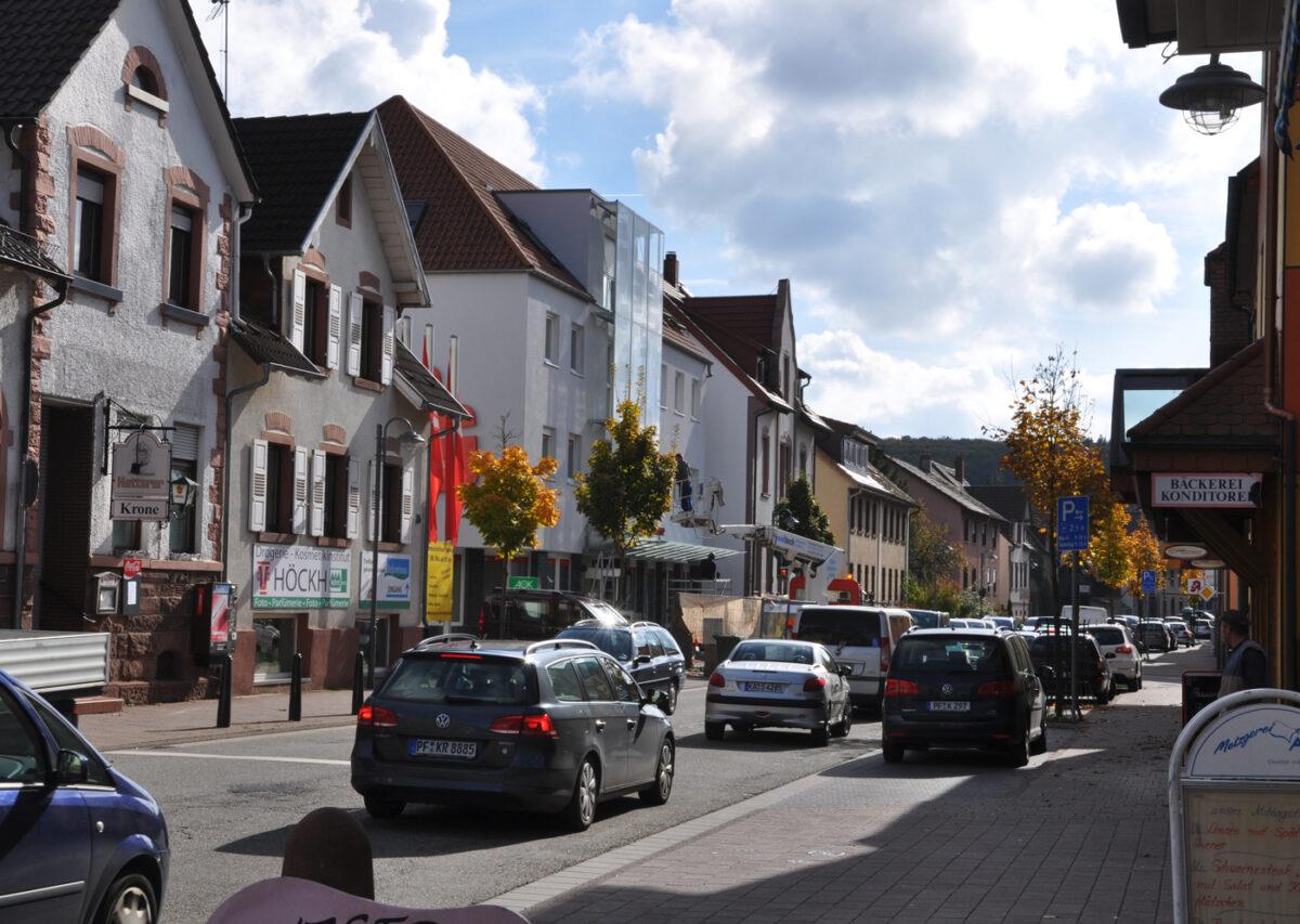 Fassadengestaltung der Sparkasse Remchingen